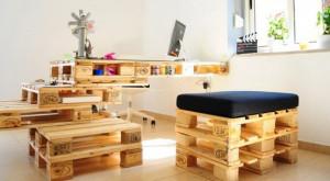meuble-en-palette-en-bois-bureau-chaise