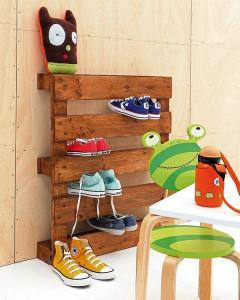 meuble-en-palette-en-bois-etagere-chaussures