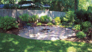 Backyard-Landscape-Ideas-with-Natural-Touch-2