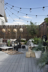 710da696ac1a9655b156c7cef7b066bc--small-rooftop-terrace-ideas-large-balcony-ideas